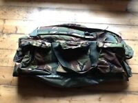 Camouflage army style large hold-all
