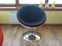 Retro bowl chair white gloss body, black seat with red piping