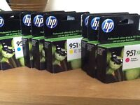 hp 951xl colour ink cartridges- magenta , yellow & cyan