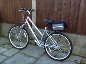 FALCON HAWAII 18 Speed Ladies Cycle as NEW.