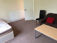Large Double Room Available In Isleworth - NEW furniture
