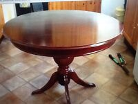 Classic pedestal extendable dining table, circular/oval £75-Southwark