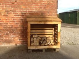 SOLID OAK LOG STORE - FREE LOCAL DELIVERY