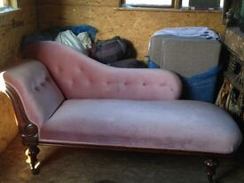 Victorian chaise longue/ day bed/sofa