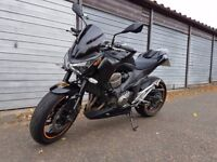 KAWASAKI Z800 2014 LOW MILES, 1 YEAR MOT SHOWROOM CONDITION !
