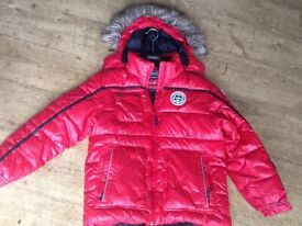 AN ICEPEAK RED HOODED PADDED WINTER JACKET AGE 11-12 YEARS EXCELLENT CONDITION