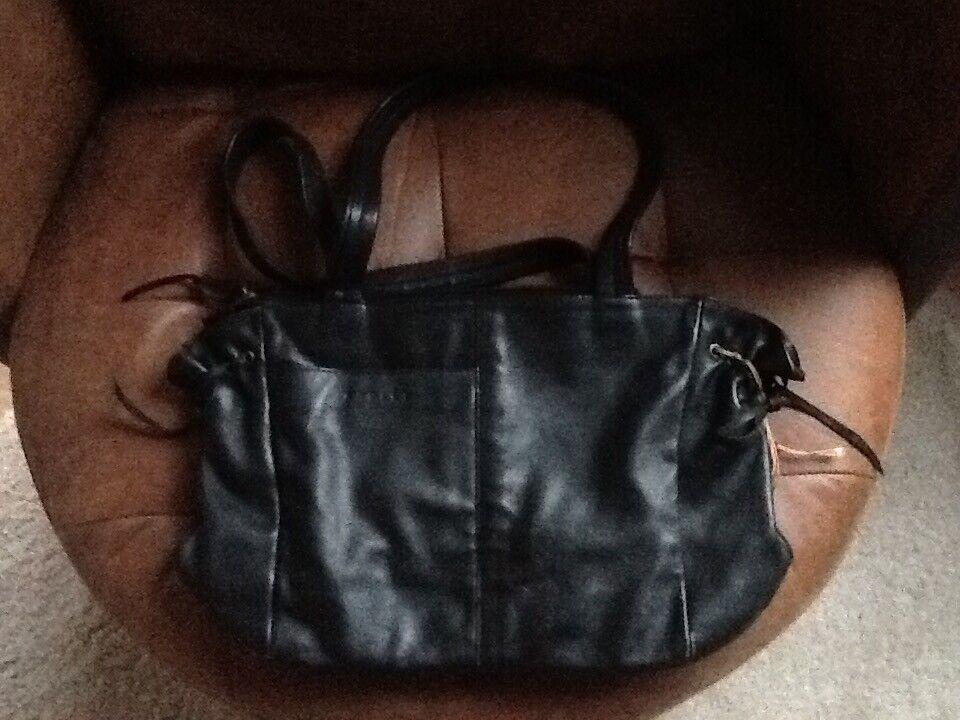 Radley leather handbag   in Bury St Edmunds, Suffolk   Gumtree 21bfaf7d8b