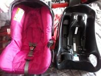 GRACO CAR SEAT IN PINK + FIXING BASE BABY CARSEAT, HEAD HUGGER, IMPACT PROTECTION