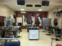 Nail station/Treatment room/ Therapy rooms to rent in trendy modern salon, N12 area. From £120 p/w
