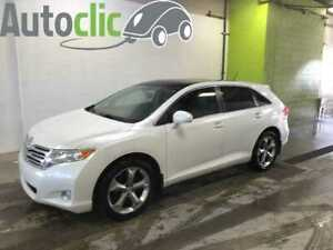 2012 Toyota Venza AWD V6 cuir toit panoramique