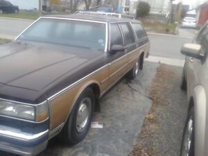 WANTED GM STATION WAGONS 78-96 COMPLETE OR PARTS