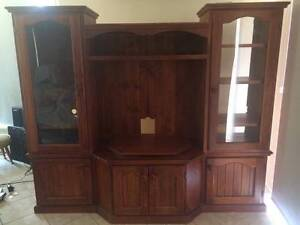 TELEVISION UNIT WITH SIDE SHELVES AND STORAGE Hamlyn Terrace Wyong Area Preview