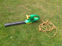 HEDGE TRIMMERS,ELECTRIC BY POWERBASE.