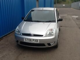 Ford Fiesta 1.6 ghia mot 1 year immaculate inside and out