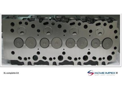 cylinder head assembly Toyota Hilux Hiace - 3L engine Currans Hill Camden Area Preview