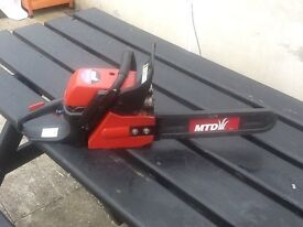 Petrol chainsaw in working order. Not been used for a while but still works.