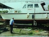 34' cabin cruiser boat project.