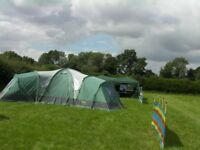 Gillette 8 man tent 4 internal pod for sleeping, large centre area, 2 doors all good condense no bag