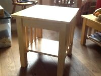 Good quality Bedside/Coffee table for collection only