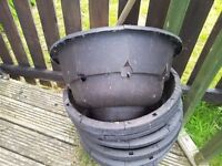 free plant pots, hanging baskets and cage, hutch or fence wire.