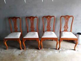 4 kitchen/dining room chairs
