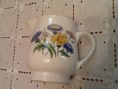 💕 LOVELY WADE CREAM / MILK JUG 💕 - STAMPED ON BASE OF JUG - PERFECT CONDITION