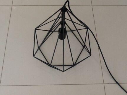 Diamond cage pendent light