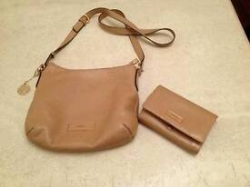 Woman's Dkny bag and purse