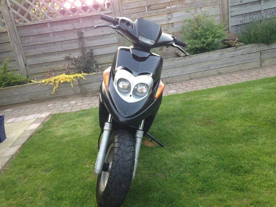 yamaha 50cc moped bws mbk booster in eastbourne east. Black Bedroom Furniture Sets. Home Design Ideas