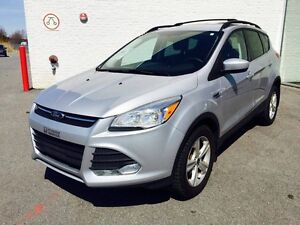 FORD ESCAPE SE AWD 2014 (MAGS+CAMERA+EXTRA CLEAN)