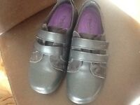 New ladies Padder Shoes size 5