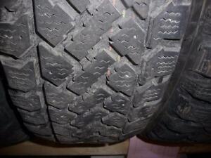 4 pneus d'hiver 195/60/15 Firestone Snowtrakker Radial ST2