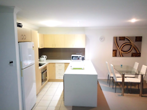 ★Mornigside station★★ - share 2 people second room Norman Park Brisbane South East Preview