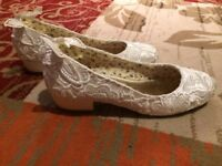 bridal shoes size 6 brand new and handbag