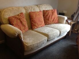 Very nice 3, seater And 2,chairs.