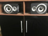 Acoustic Solutions Lightning Docking Station/Speakers