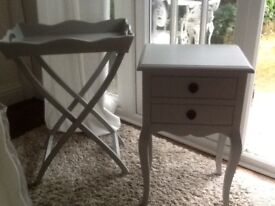 Butler tray table / bedside table