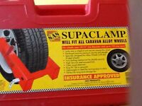 Sas caravan wheel clamp