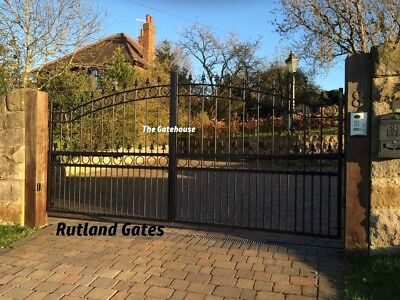 WROUGHT IRON GATE / HEAVY DUTY DRIVEWAY GATE - MADE TO MEASURE - RUTLAND DESIGN
