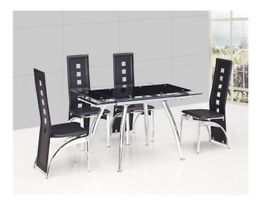 Dining table (extendable) with 4 chairs