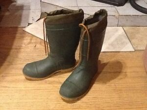 Mens winter rubber boots