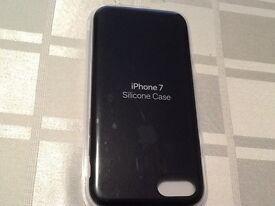 GUINE APPLE IPHONE 7 BLACK SILICON CASE