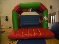 AIRQUEE BOUNCY CASTLE 12FT X12FT IFLATABLE