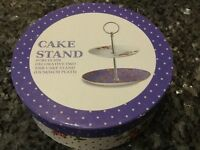 NEW Cake Stand in box. Perfectly pretty in a petit size.