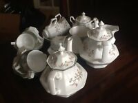 Johnson brothers classic tea set excellent condition