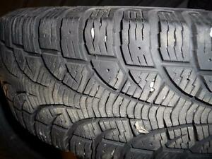 2 pneus d'hiver 175/70/14 Pirelli Winter Carving, 25% d'usure, mesure 9/32