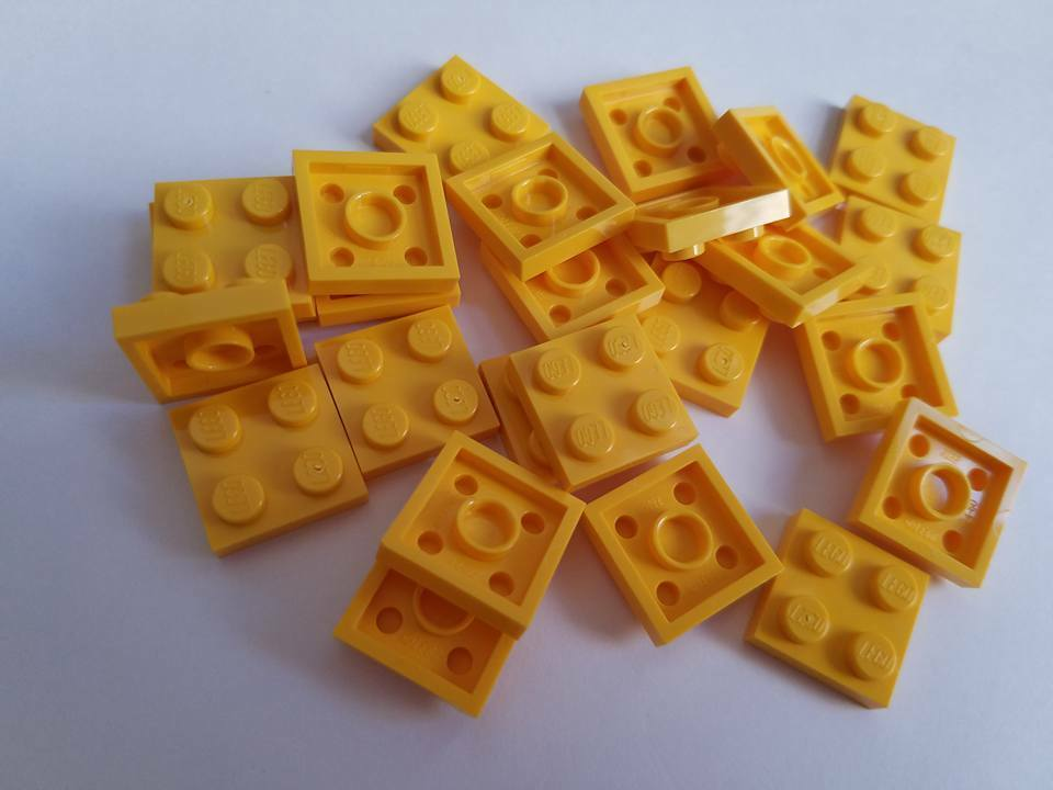 New Element 302224 Lego Yellow Plate 2x2 Qty:25 Part 3022