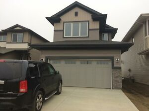 room for rent  in west edmonton secord area