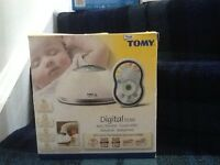 TOMY digital TD300 audio baby monitor