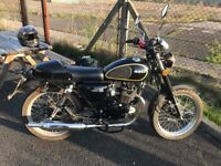 Herald Classic 125cc Motorbike, Extremely low mileage
